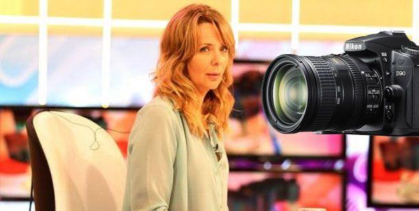 Evelyn aclara el confuso episodio con un fotógrafo en la puerta de canal 9