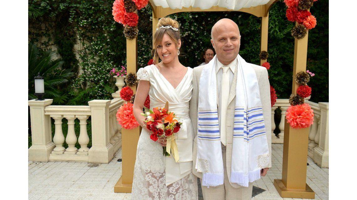 Solamente Vos: el divertido casamiento de Denise (Bellati) y Leopoldo (Wainraich)