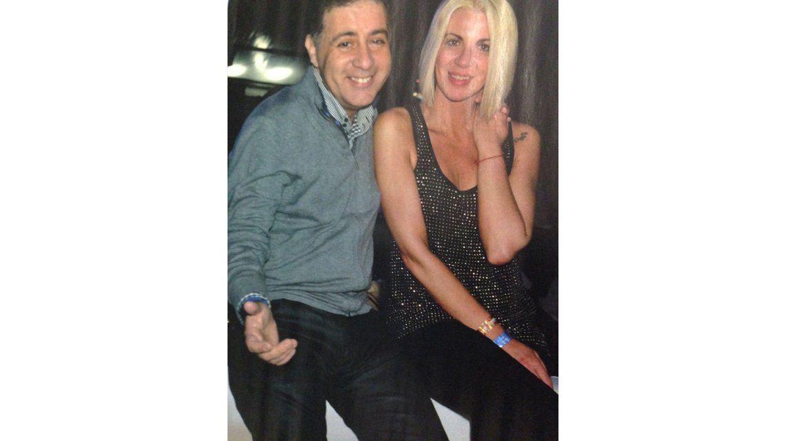 Doman fue a la Creamfields a dormir la siesta con su novia Carolina Nuin
