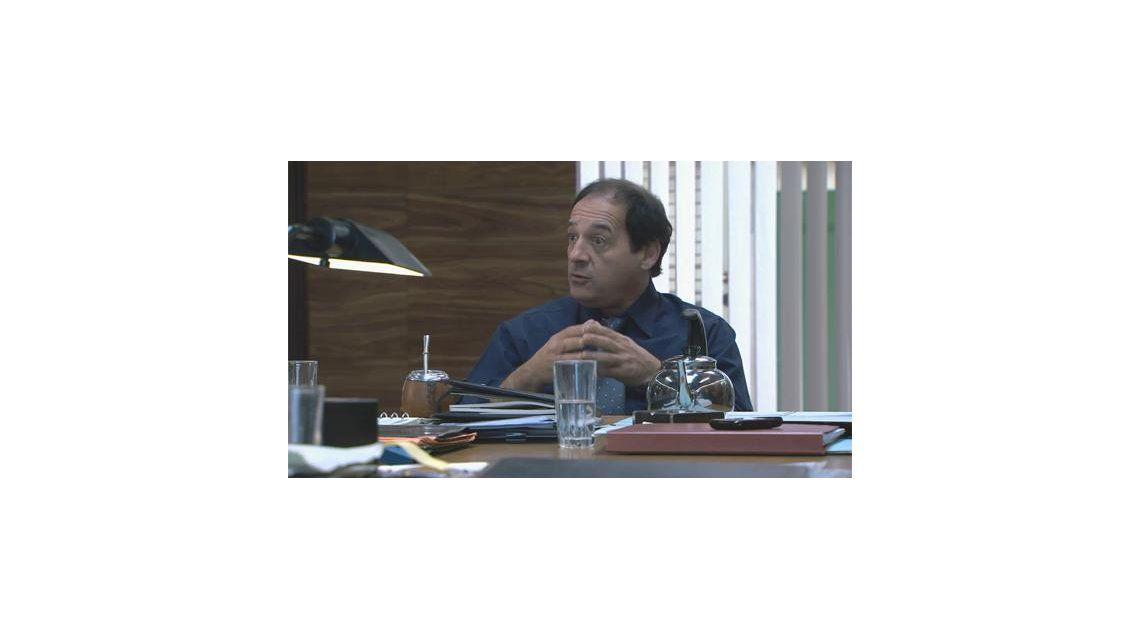 Julio Chávez termina antes sus grabaciones en Farsantes, la tira del elenco maldito