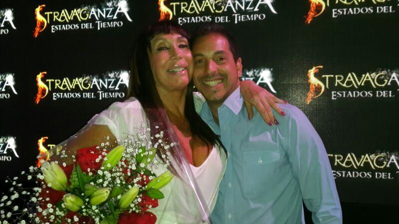 Flavio Mendoza se despide de Stravaganza en Buenos Aires y recibió a Casán y Milone