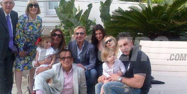 El festejo de Florencia De la V en el día de la madre con sus hijos y Jorge Ibañez