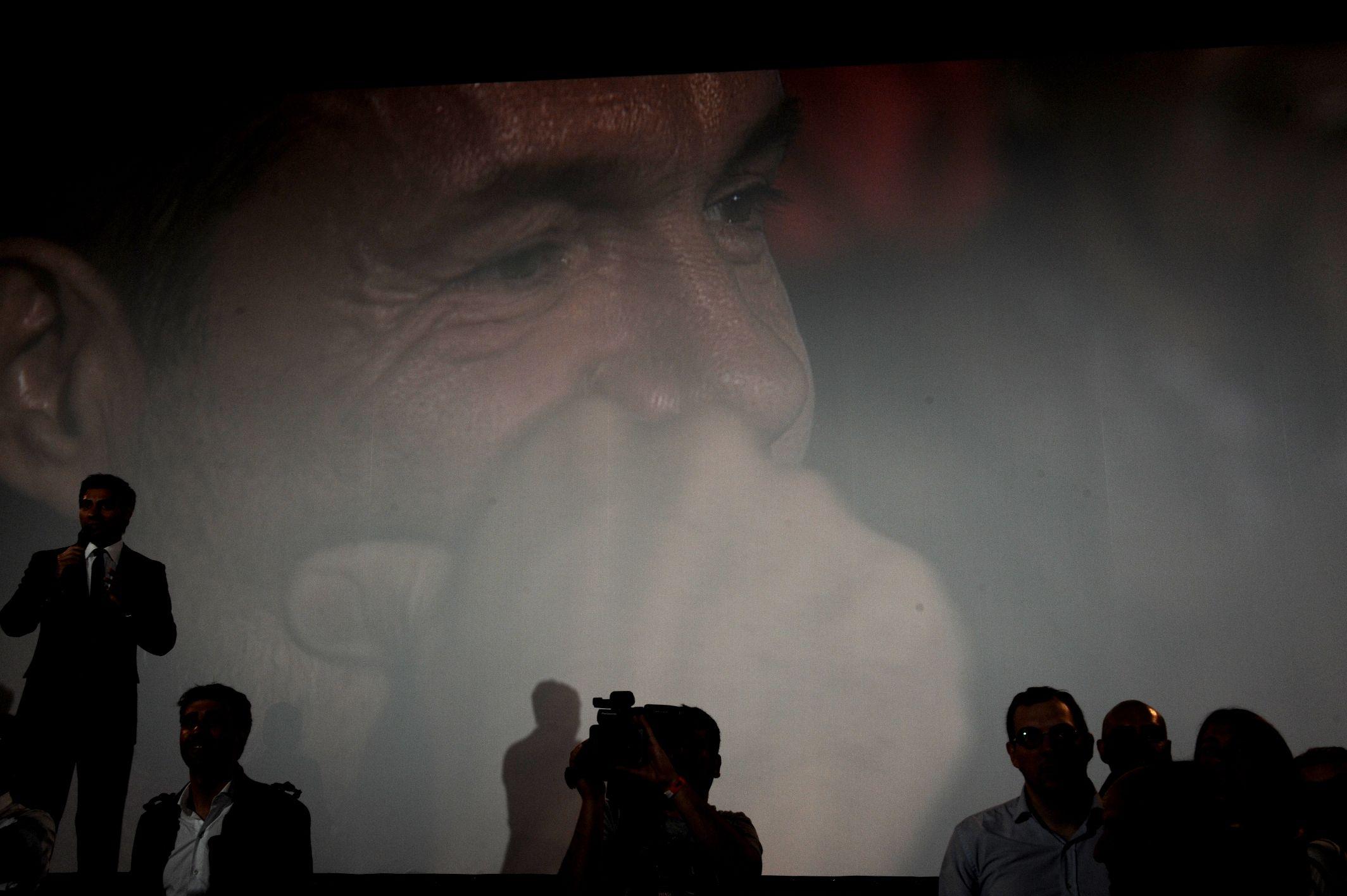Tinelli, en la reinauguración del cine: Iba a ser un supermercado chino