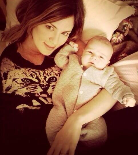 Las fotos más tiernas de Paula Chaves y Pedro Alfonso junto a su hija, Olivia