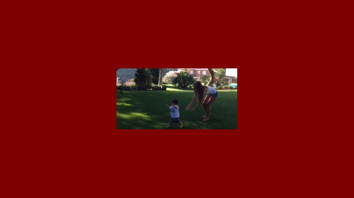 ¡Papás orgullosos! Los primeros pasos de Thiago, el hijo de Leo Messi y Antonella