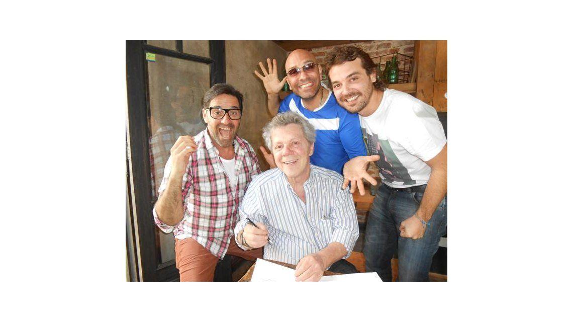 Emilio Disi firmó para ser el cuarto protagonista de la comedia con Iúdica y Peter