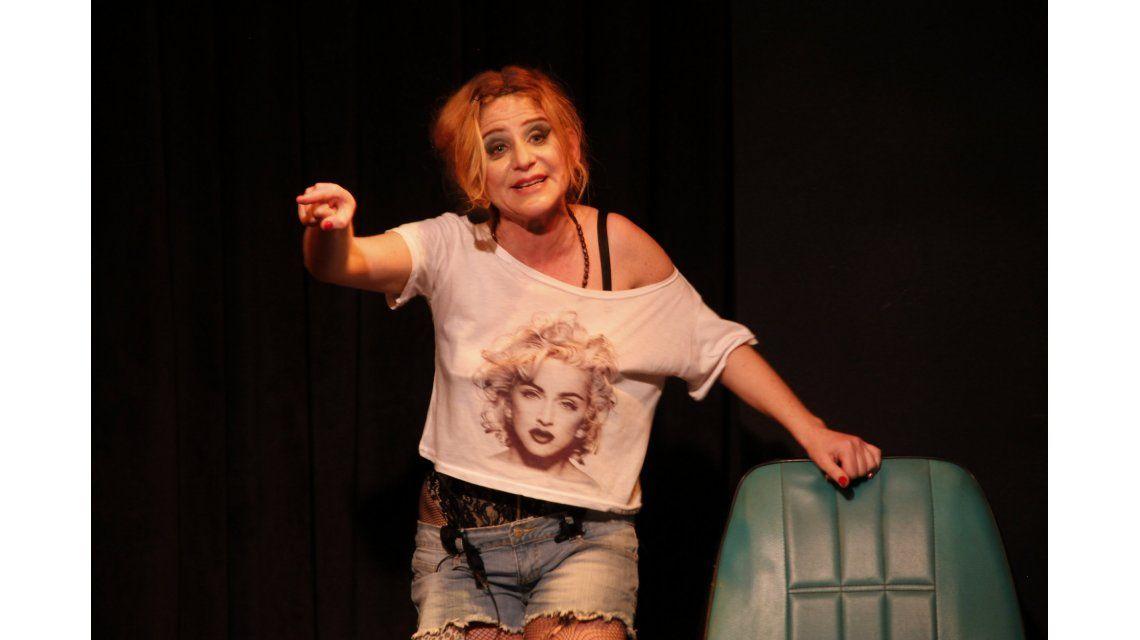 Emilia Mazer volvió con Buscando a Madonna: Roth y Toscano fueron a verla