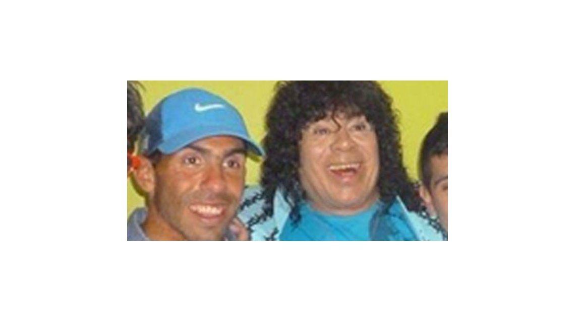 El encuentro de La Mona Jiménez y Tevez para cumplirle el sueño a su hija
