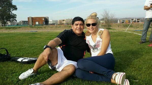 Versiones aseguran que Rocío Oliva habría perdido un bebé de Maradona en Dubai