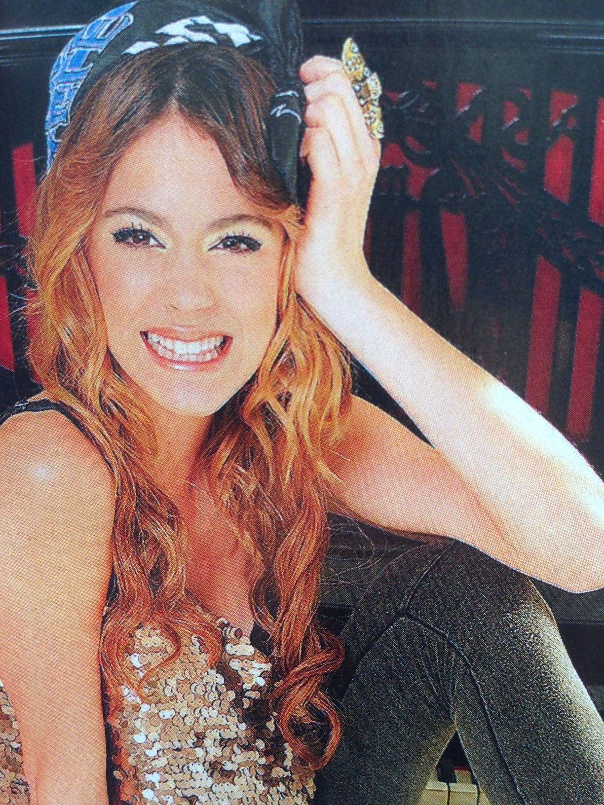 El álbum íntimo de Violetta Stoessel tras el expediente secreto del fenómeno