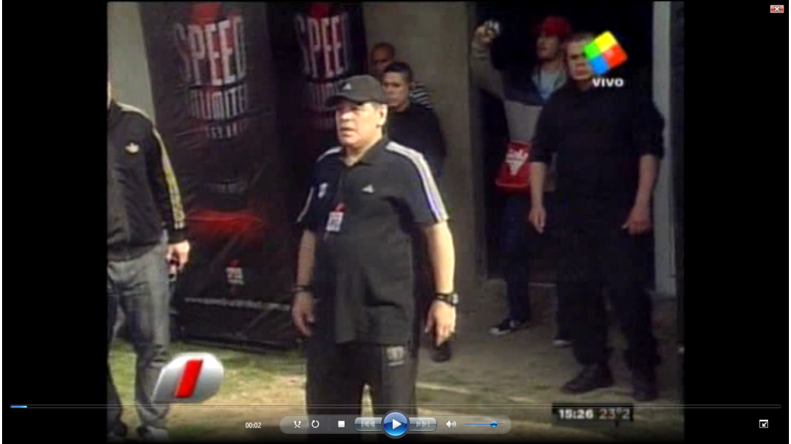 Maradona volvió al fútbol acompañado por Don Diego y el padre de Verónica Ojeda
