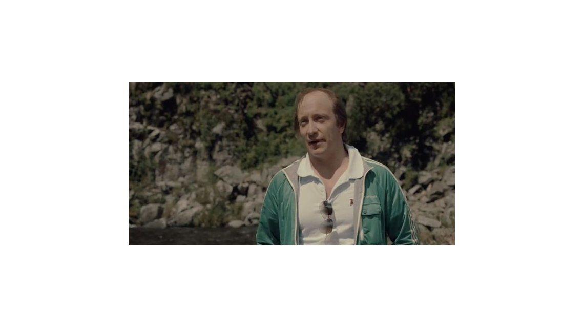 Nico Vázquez llega al cine y presenta el trailer de Por un puñado de pelos
