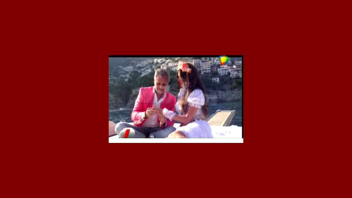 Las imágenes del emotivo compromiso de Jorge Rial y Loly Antoniale en Italia