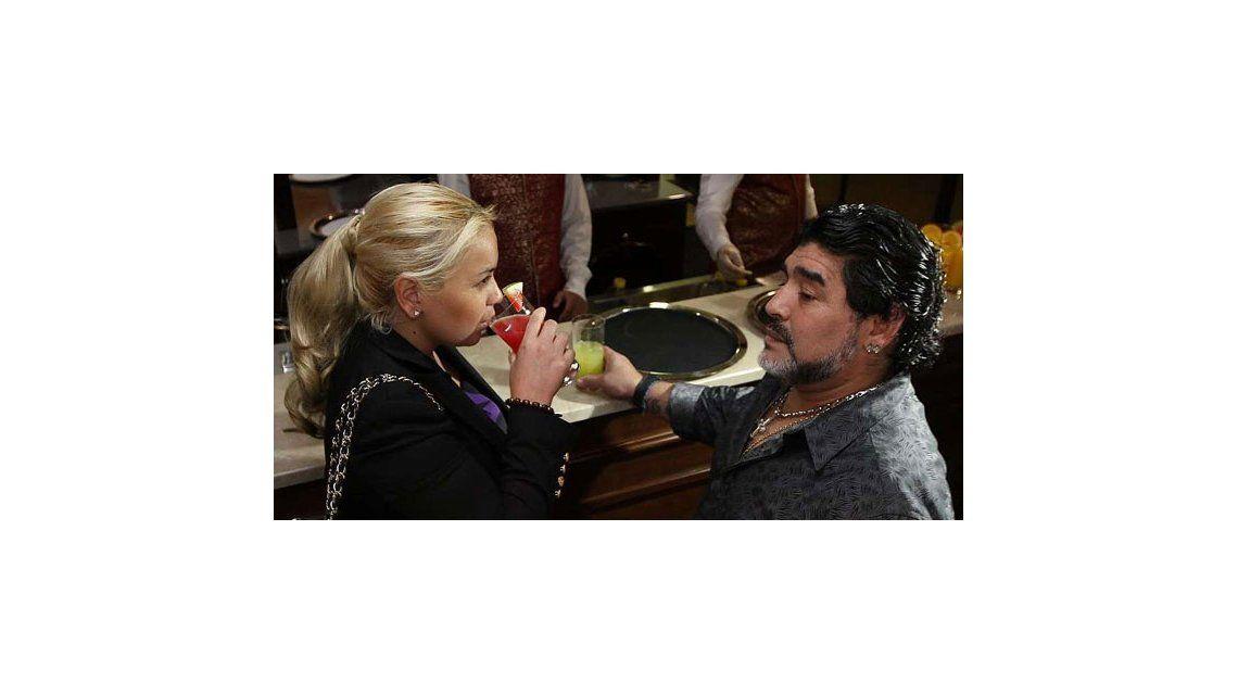 Diego Maradona y Verónica Ojeda juntos, en una fiesta que le prepararon a su hijo