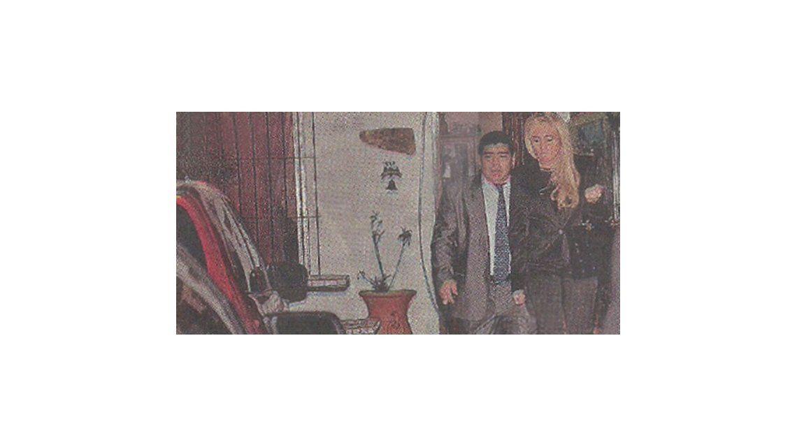 Diego Maradona le festejó el cumpleaños a Rocío Oliva y hubo tensión con la prensa