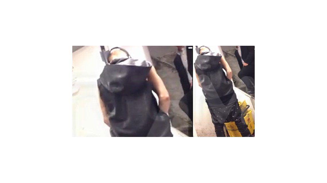 ¡In fraganti! Descubrieron a Justin Bieber haciendo pis en un balde