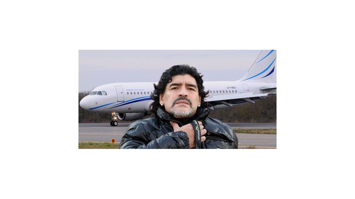 Versiones encontradas sobre el arribo de Maradona al país: ¿llegó o nos engañó?