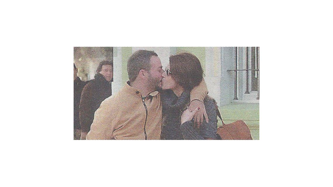 Antonópulos insaciable: se besa con otro hombre; no es ni Amigorena ni su ex