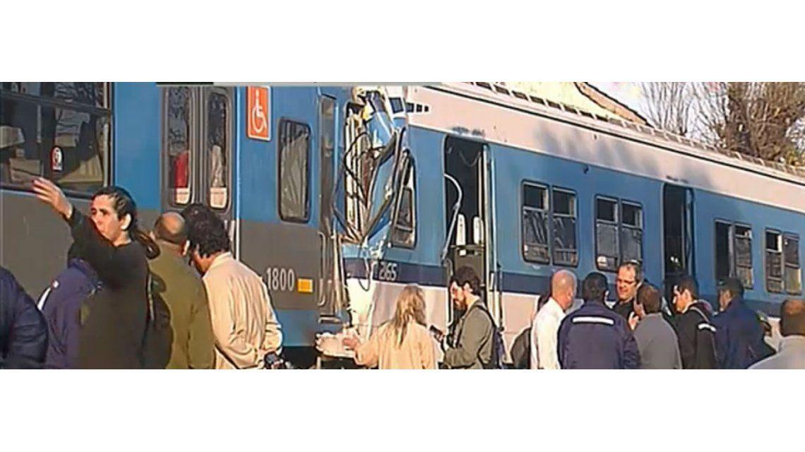 Choque de trenes en Castelar: los tweets de los famosos, indignación e impotencia