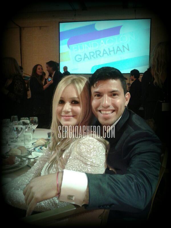 Kun Agüero y Karina, la Princesita, anoche juntos en la cena del Garrahan