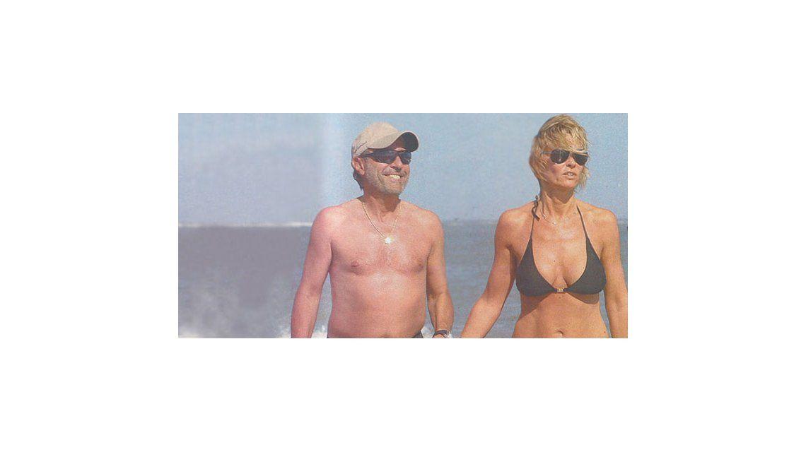 Guillermo Francella, alejado del escándalo, disfruta con su mujer en Brasil