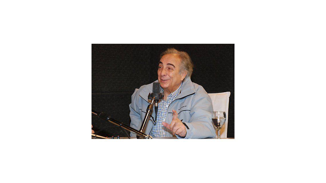 Murió Julio Mahárbiz, histórico conductor del Festival de Cosquín