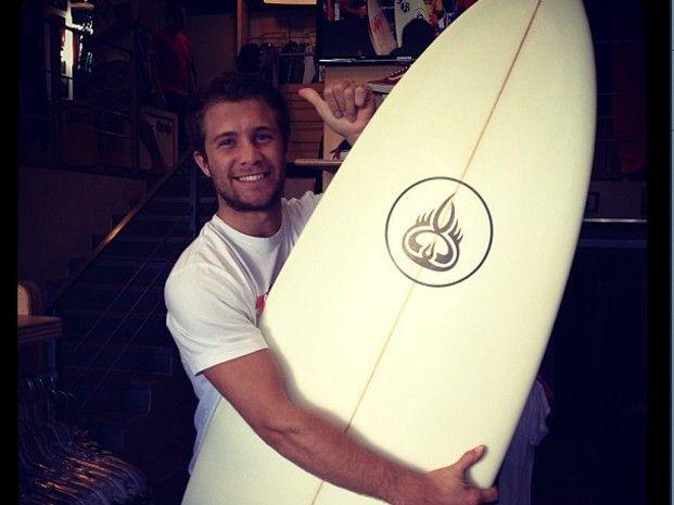La otra pasión de Nicolás Tacho Riera: el surf