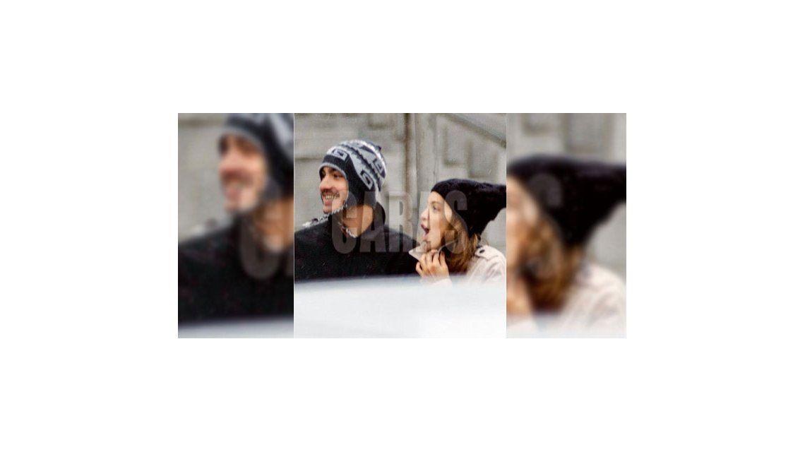 El álbum de Calu Rivero y Chino Darín enamorados en las calles de Madrid
