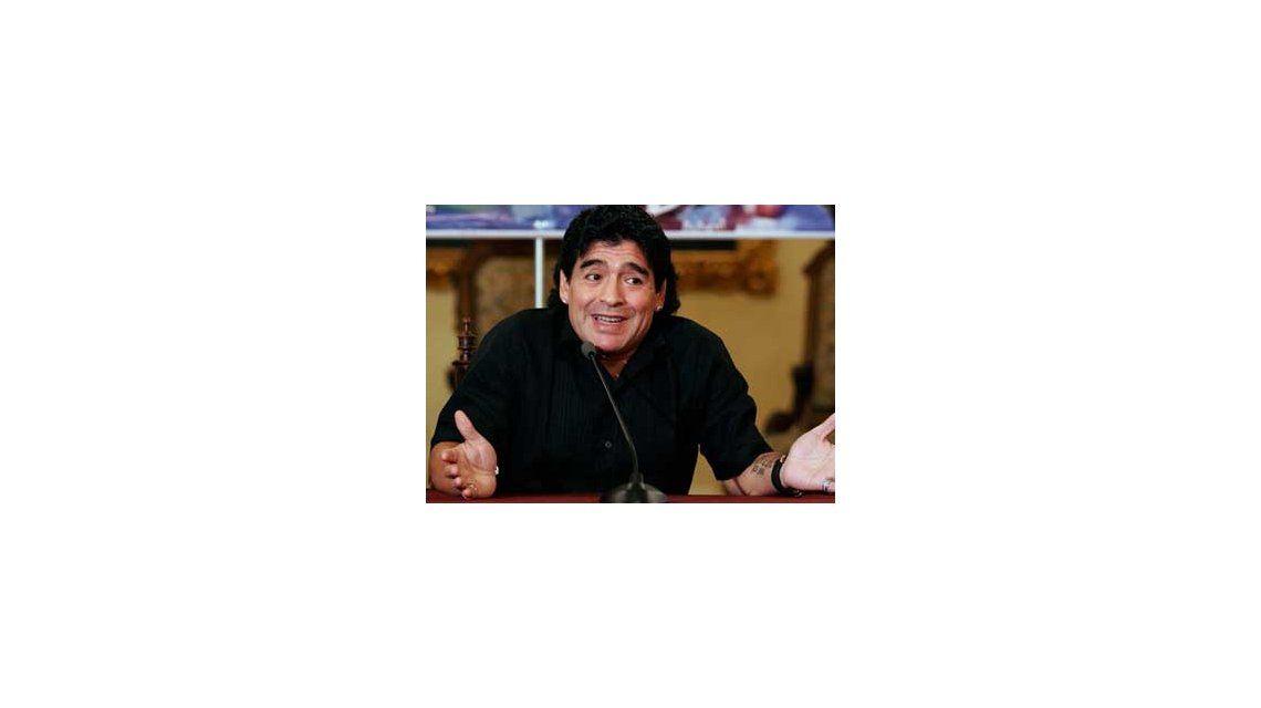 Maradona: Diego es igual a mi, tiene mis manos, mi cara y me recuerda a mi papá