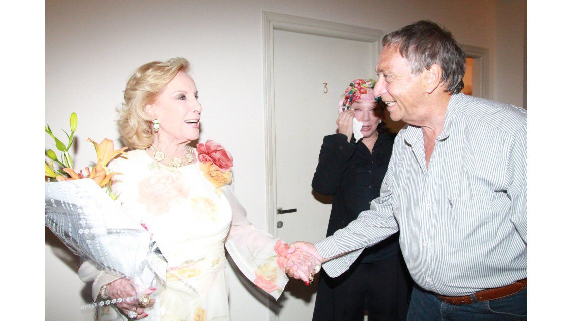 Mirtha Legrand y el reencuentro con Brandoni: lo fue a ver al teatro