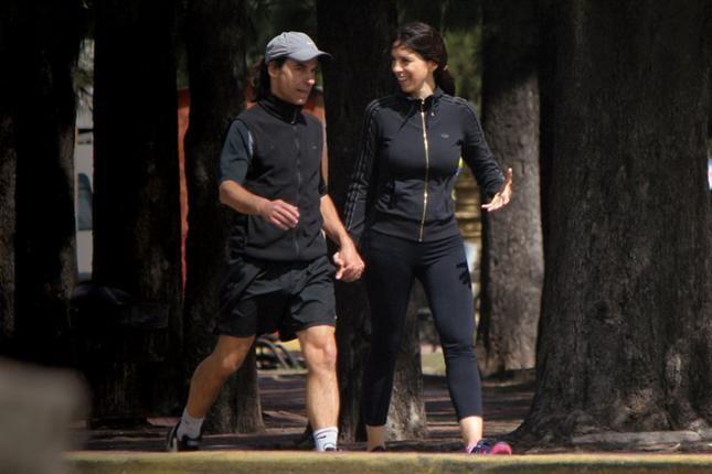 Lejos de la prensa, Paula Robles disfruta de las vacaciones con su novio