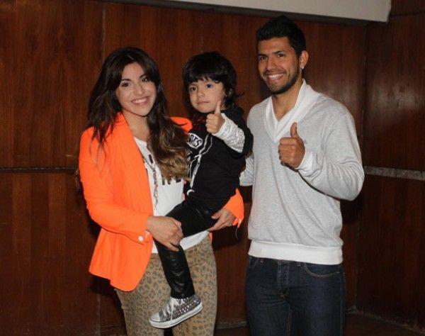 Giannina Maradona y la operación Carlitos Tevez - objetivo: vivir en Manchester