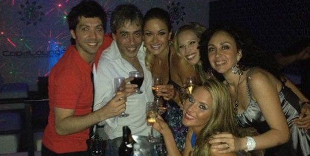 El elenco de Sin comerla ni beberla festejó el comienzo de su año teatral