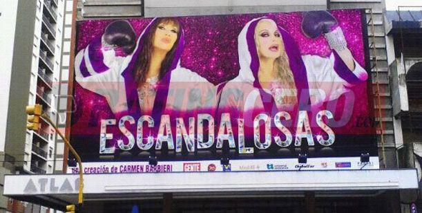 Carmen, Fede y el elenco en Mardel ensayando; Beto Cesar, lejos de todos