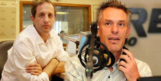 Ernesto Tenembaum y Marcelo Zlotogwiazda, afuera de radio Mitre en 2013