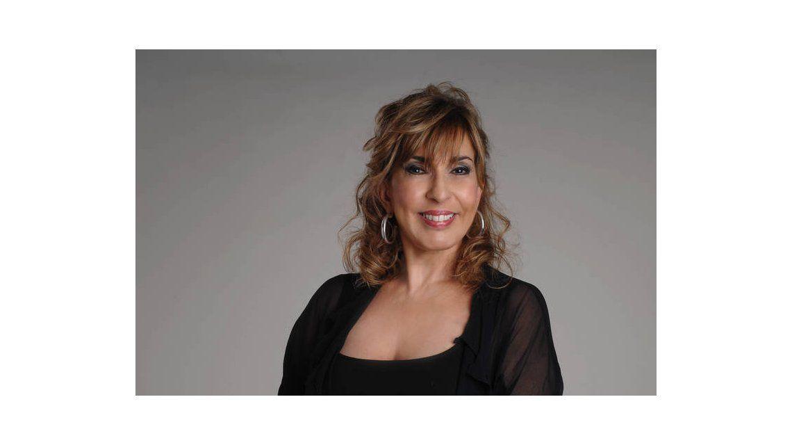 Georgina Barbarossa firmó para Celebrity Splash, y sigue de gira con Los Grimaldi
