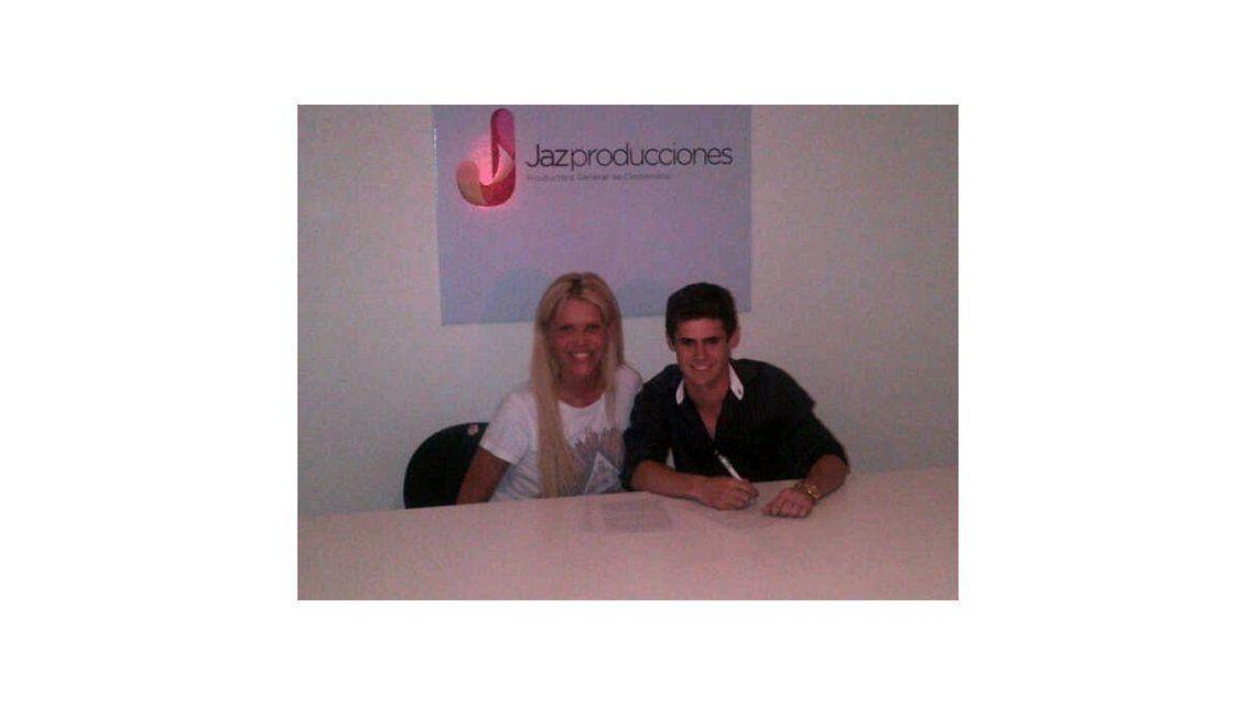 El hijo de Graduados ya firmó para ir a Carlos Paz con Nazarena Vélez