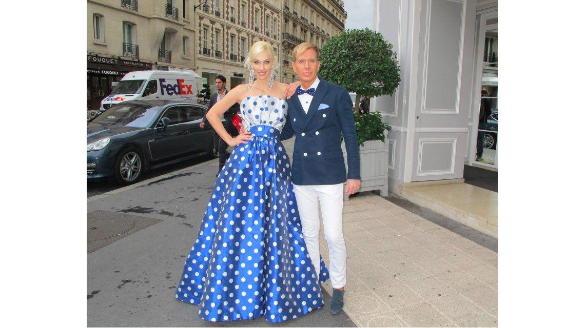 Jorge Ibañez e Ingrid Grudke siguen recorriendo Paris tras el desfile