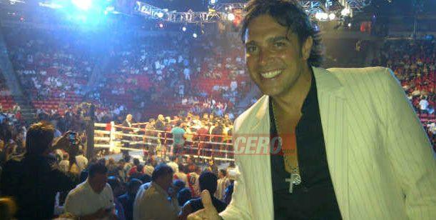 El álbum de fotos de los famosos en la pelea del campeón Maravilla Martínez