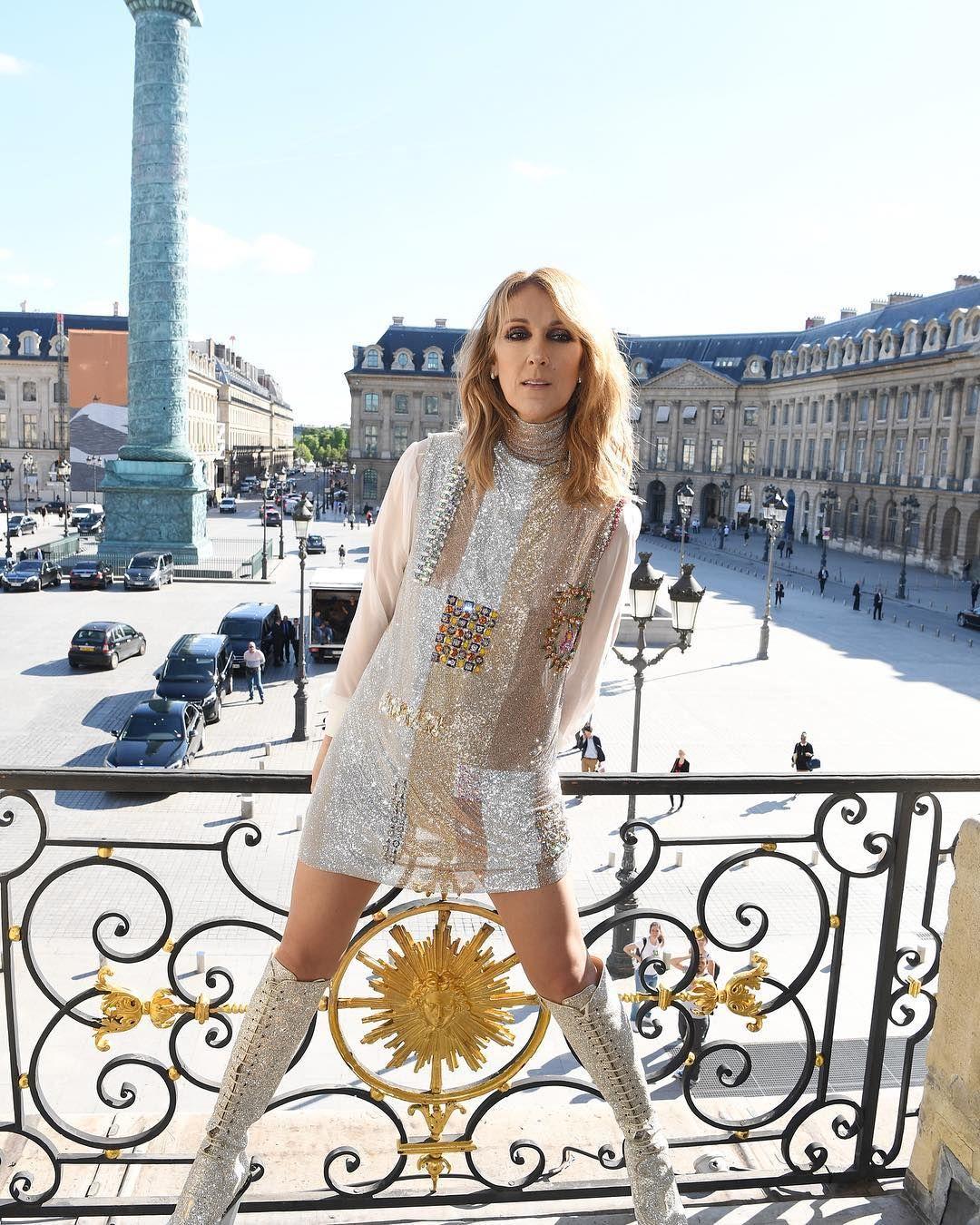 El desnudo de Céline Dion a los 49 años