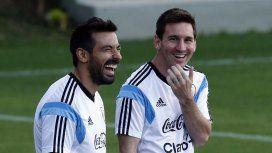 Lavezzi y Messi, compartiendo entrenamiento en la Selección