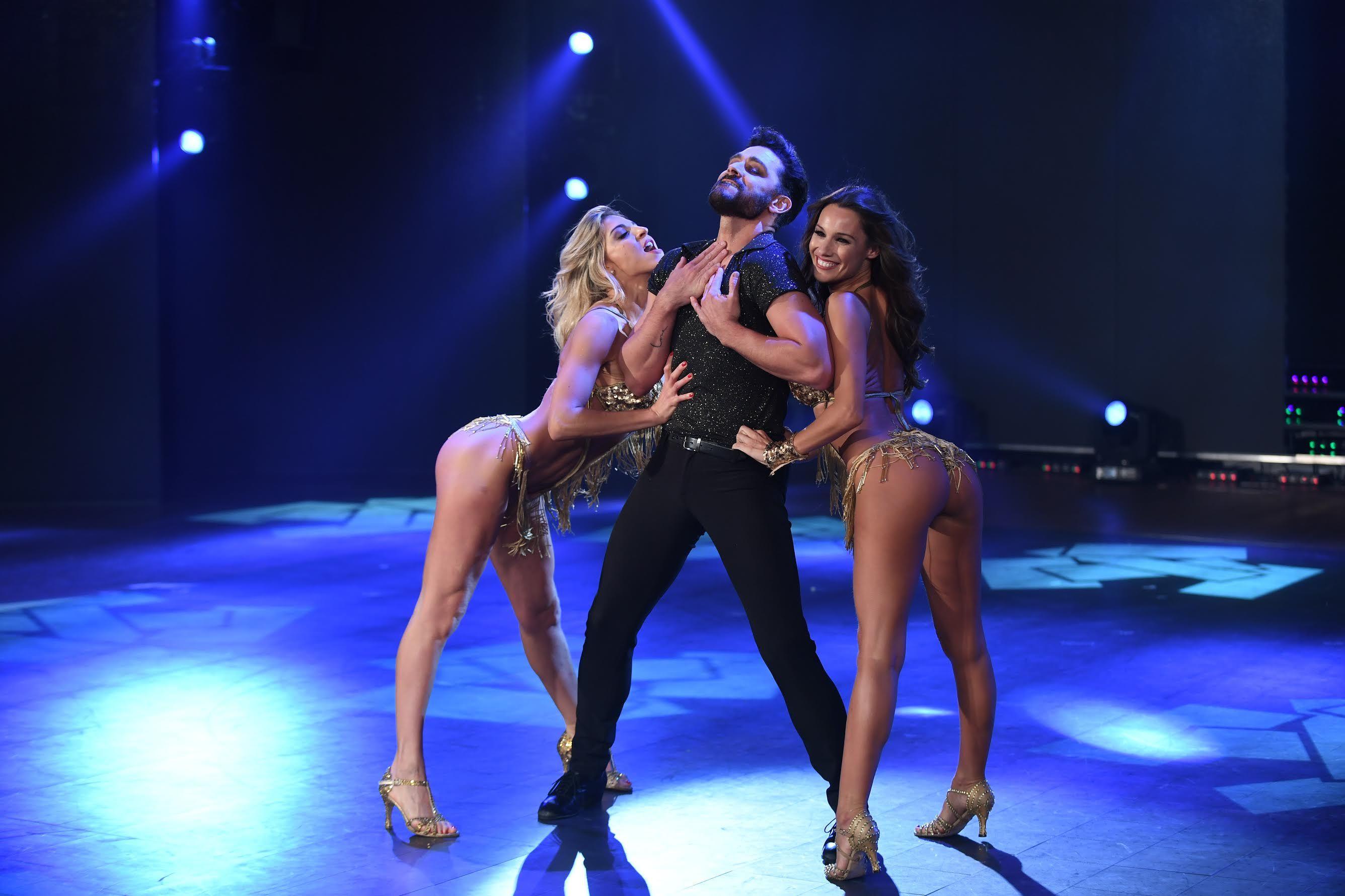 Pampita prendió fuego la pista con la salsa de tres: mirá la coreo y su vestuario súper hot