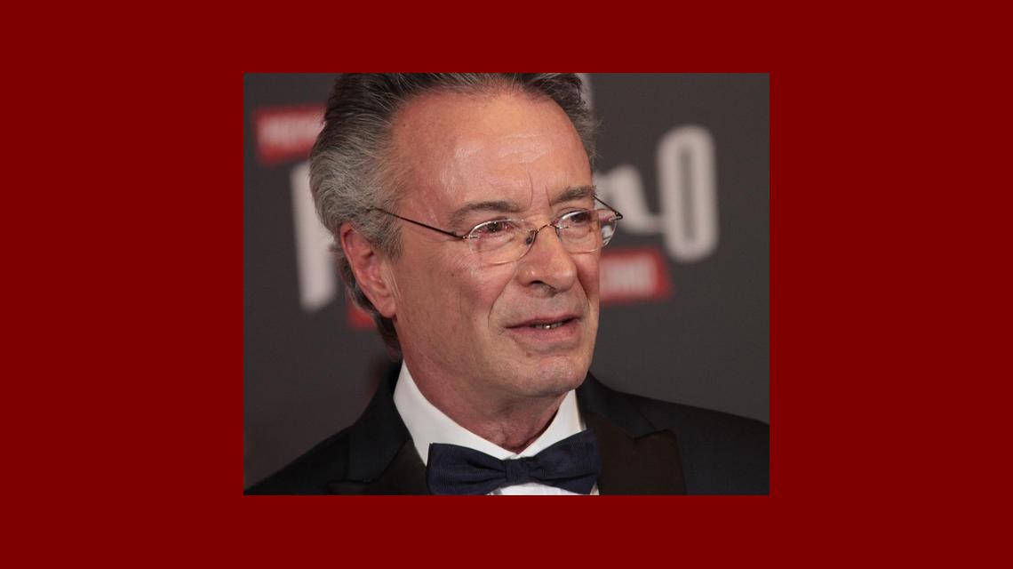 Oscar Martínez, feliz tras recibir el premio a Mejor actor por El ciudadano ilustre