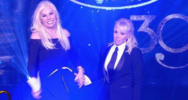 Susana Giménez y Claudia Villafañe, denunciadas por desacato al bozal a Maradona<br>
