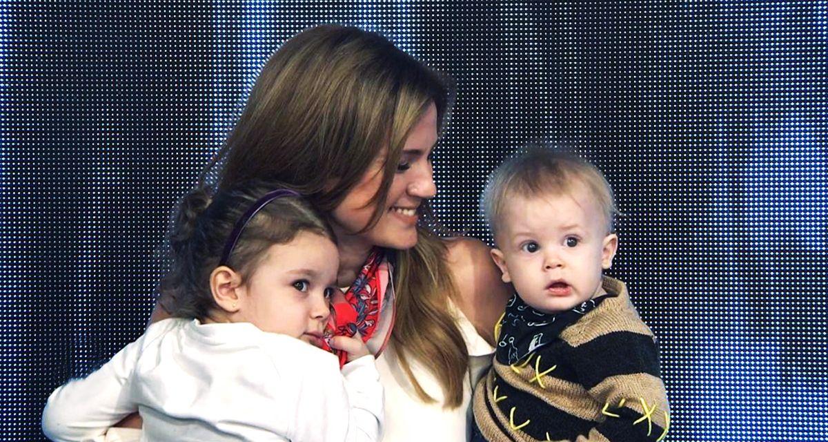 Paula Chaves con Olivia y Baltazar