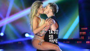 Así fue el ¡tremendo! beso de Laurita y Fede en el Bailando 2017