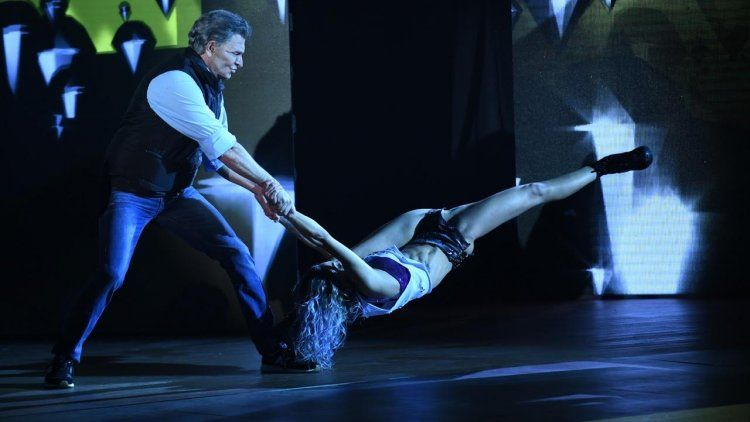 Freddy y Soledad Bayona se animaron con trucos en el reggaetón romántico