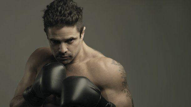 Luciano Castro, hot<br>