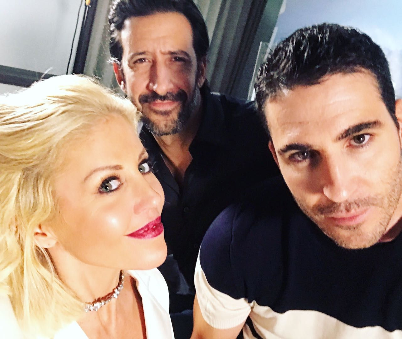 Barbie Simons en exclusiva con Miguel Ángel Silvestre