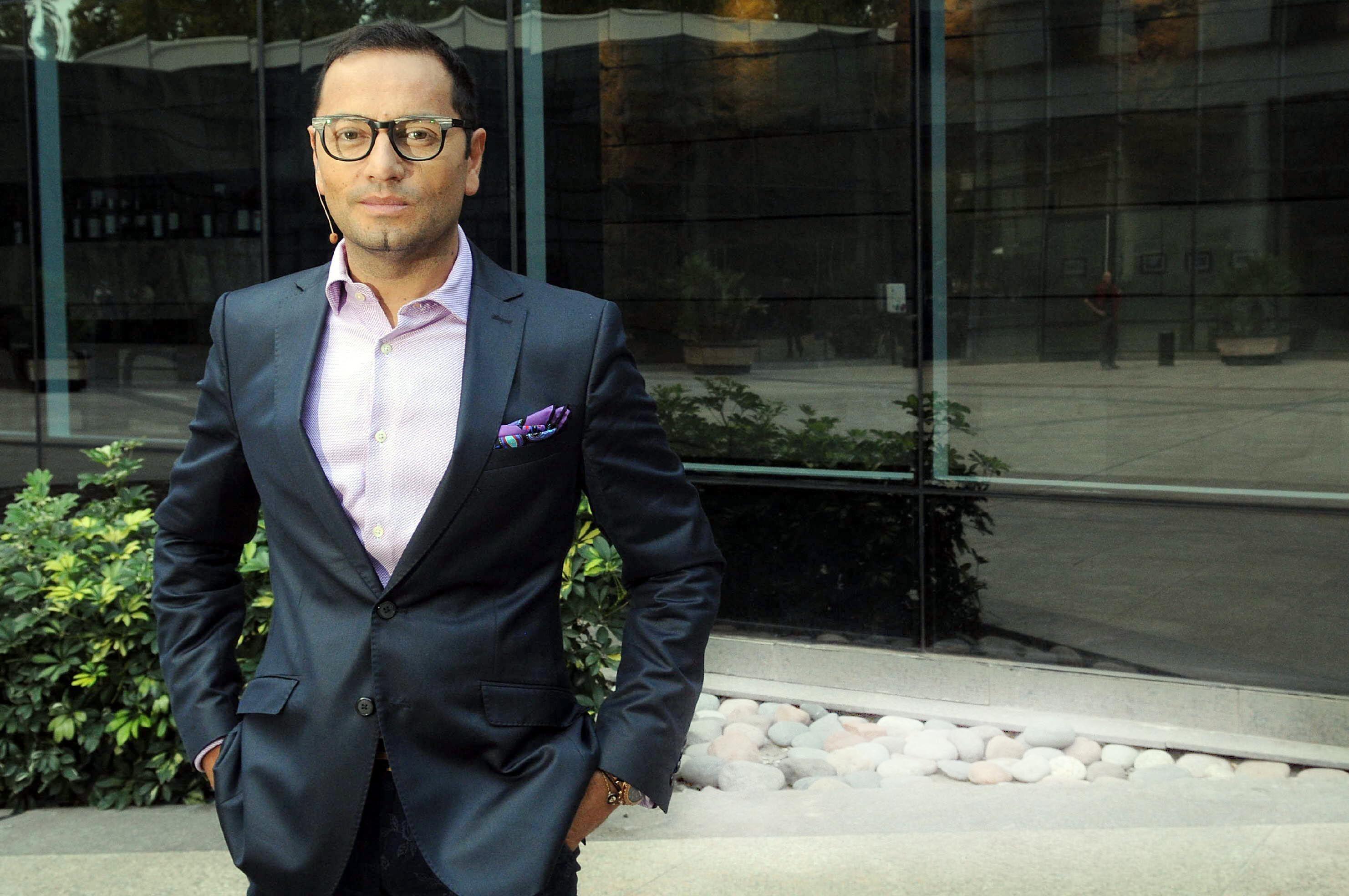 Fabián Medina Flores y un panelista de La Jaula de la moda sufrieron un accidente
